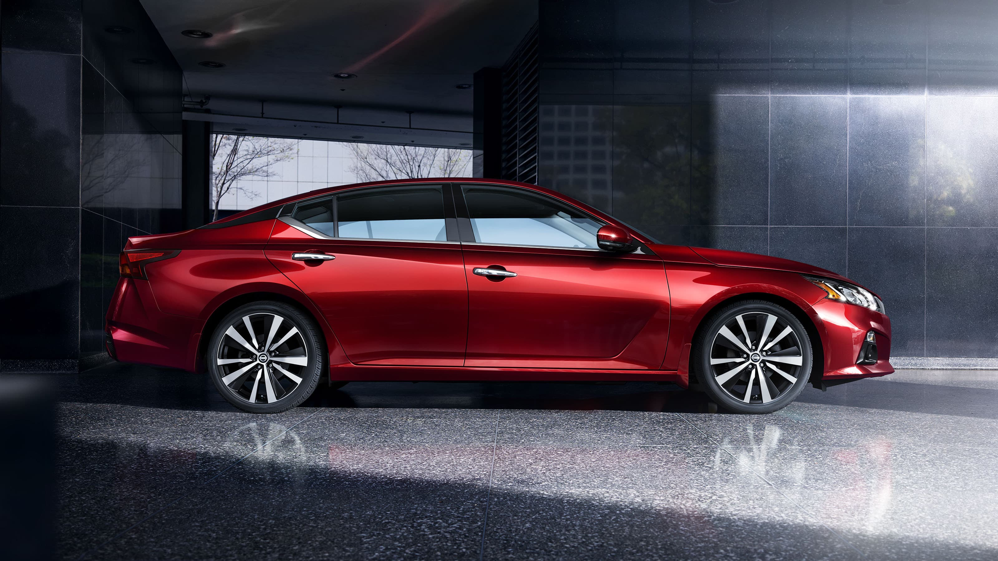 2020 Nissan Altima Side Exterior Red Picture