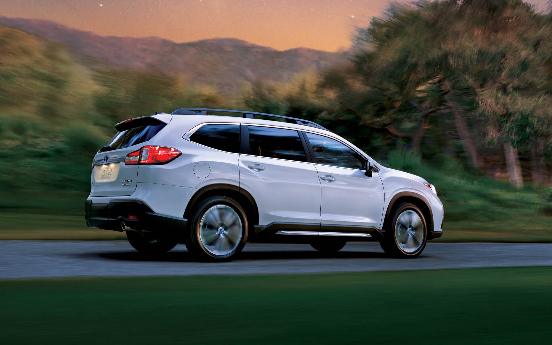 2020 Subaru Ascent Back Exterior White Picture