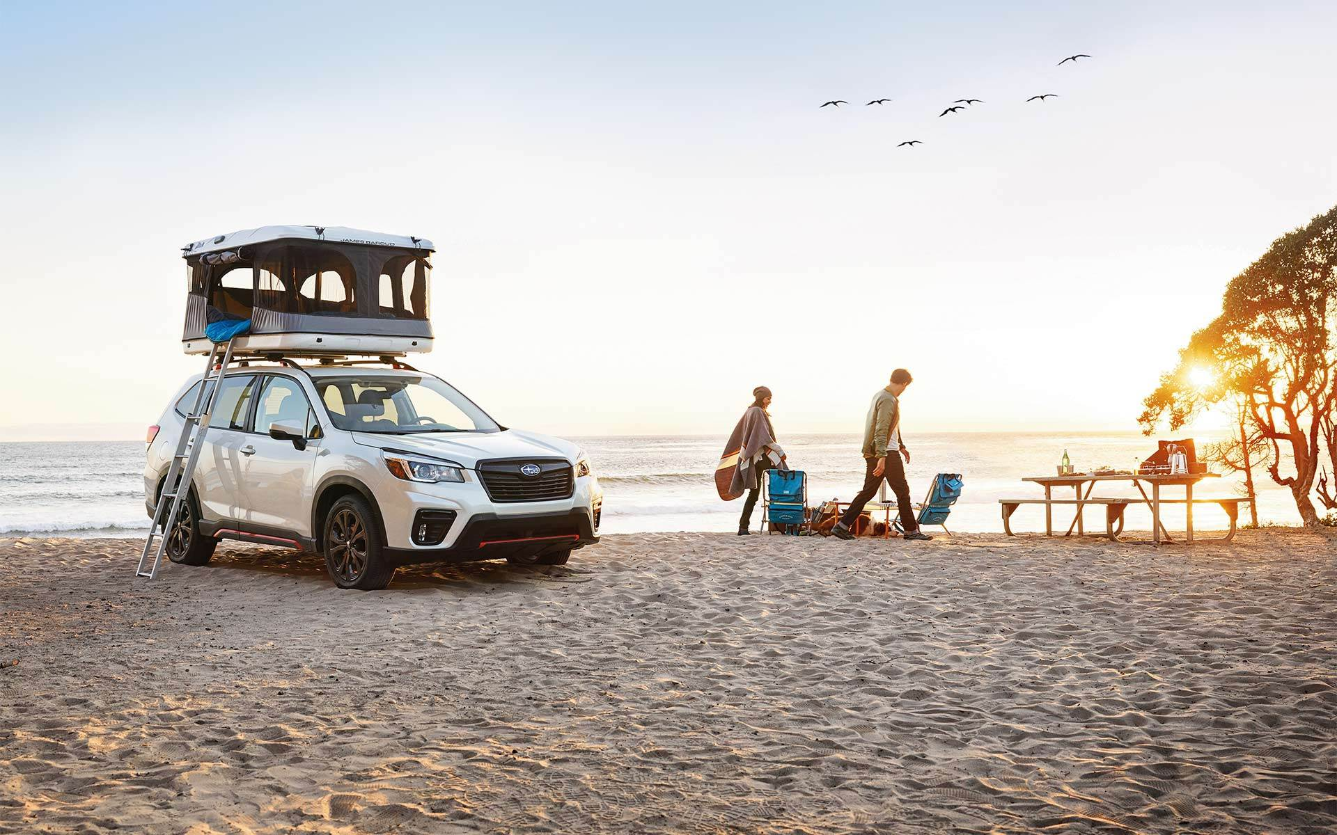 2020 Subaru Forester Front White Exterior Picture